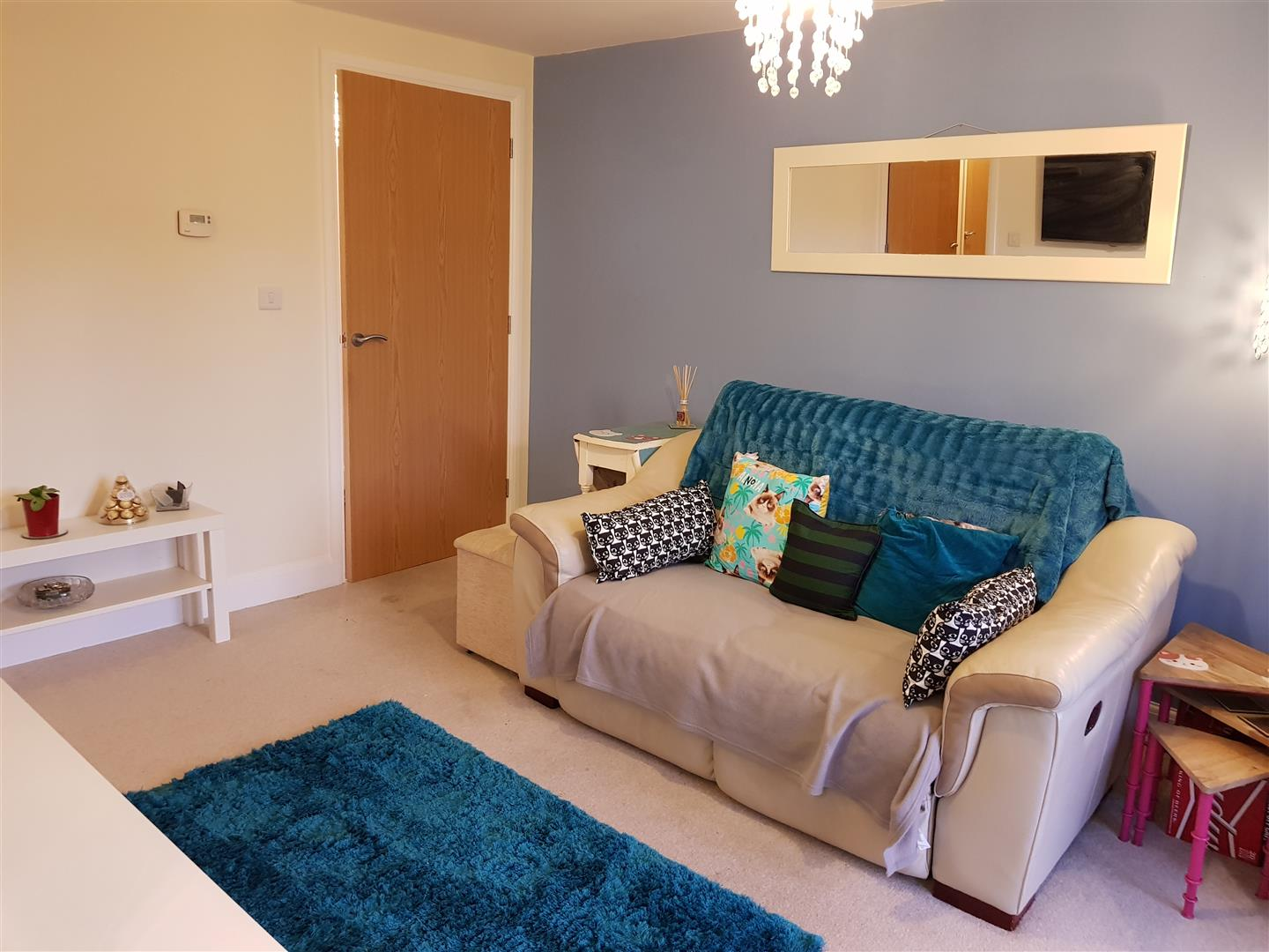 2 Bedrooms Flat for sale in Goodwill Road, Ollerton, Newark
